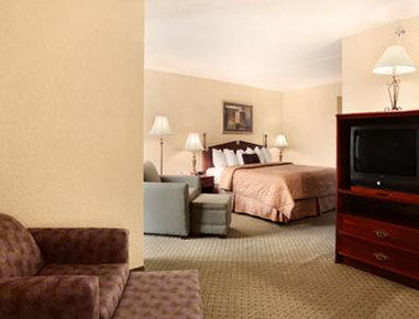 Ramada Knoxville Вид в номере