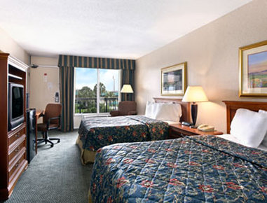 Holiday Inn Hotel & Suites FLORENCE SC @ I-95 & US HWY 52 - Standard Two Double Bed Room