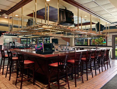 Holiday Inn Hotel & Suites FLORENCE SC @ I-95 & US HWY 52 - Teddys Sports Bar