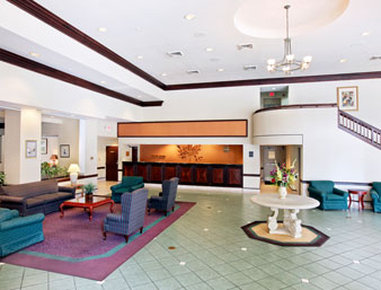 Holiday Inn Hotel & Suites FLORENCE SC @ I-95 & US HWY 52 - Lobby