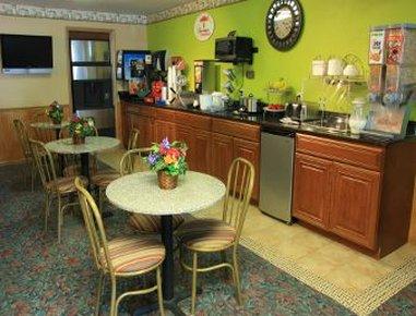 Super 8 Jacksonville - Breakfast Area