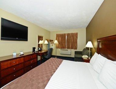 Super 8 Blythe - Standard One Bed Guest Room