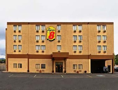 Super 8-Colorado Springs