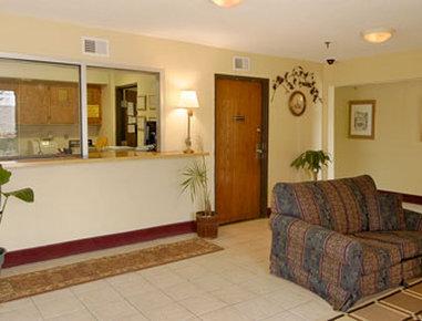 Super 8 Motel - Nashville/Downtown/Opryland Area - Lobby