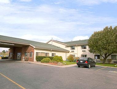 Super 8 Henrietta Rochester Area Hotel - Welcome to the Super 8 HenriettaRochester Area