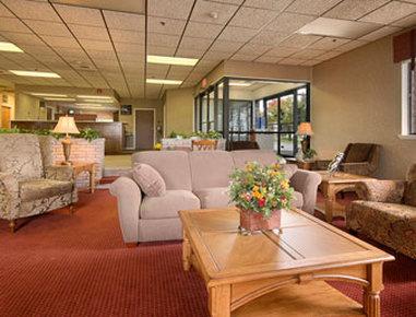 Super 8 Henrietta Rochester Area Hotel - Lobby