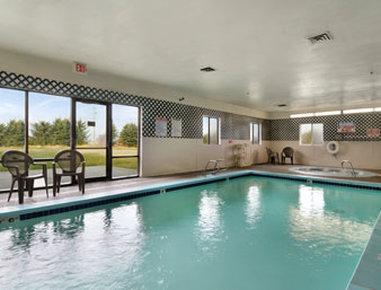 Super 8 Spokane/West - Pool