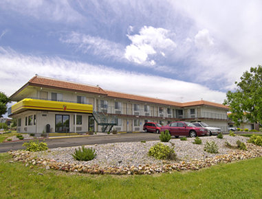 Super 8 Aurora Denver Area