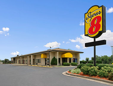 Super 8-Tupelo Airport - Belden, MS