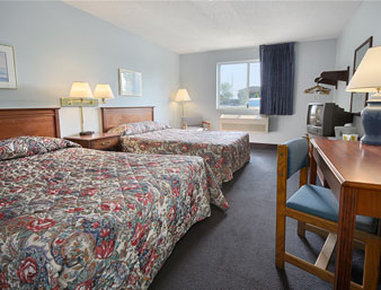 Super 8 Adrian - Standard Two Double Bed Room