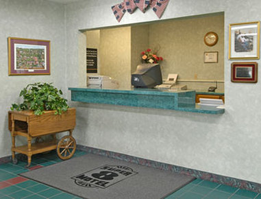 Super 8 Greenville - Lobby