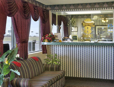 Super 8 Eastland - Lobby