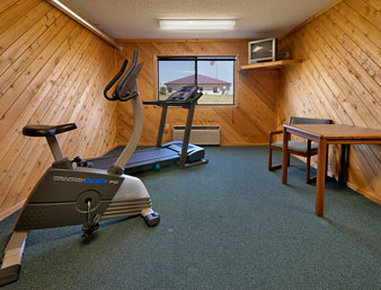Super 8 Charles City - Exercise Room