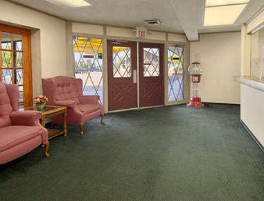 Super 8 Flint/Burton Area - Lobby