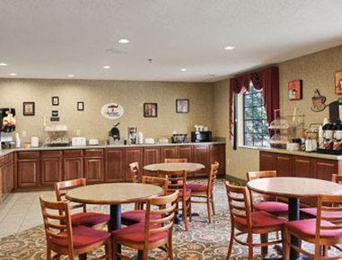 Super 8 Marysville/Port Huron Area - Breakfast Area