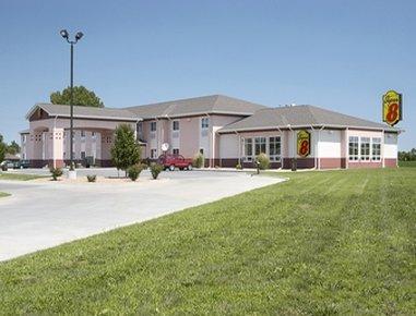 Super 8 Motel Iola Ks - Welcome to Super 8 Iola