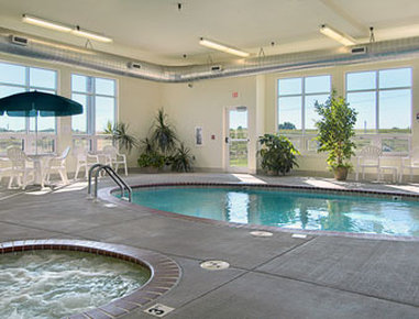 Super 8 Motel Iola Ks - Pool
