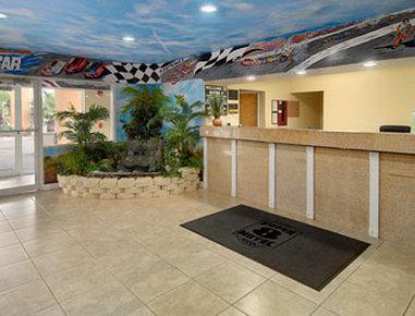 Super 8 Daytona Beach - Lobby