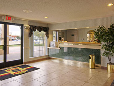 Super 8 Richardson Dallas - Lobby