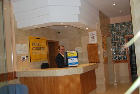 Hotel Condedu Badajoz - RECEPCION