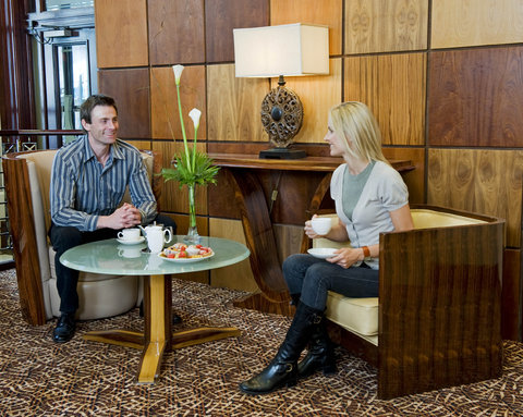 Hastings Europa Hotel - Couple With Tea