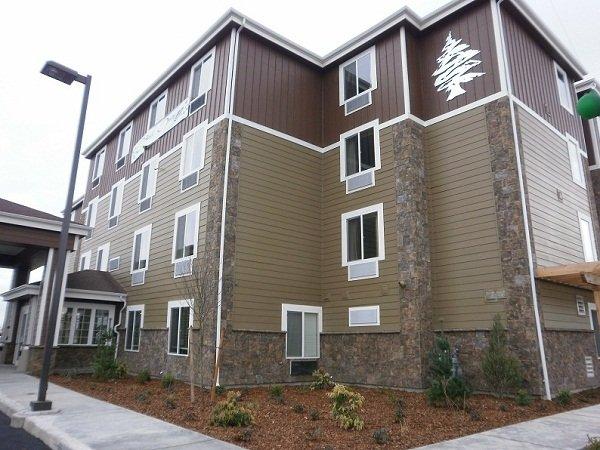 Cedars Inn & Suites - Kennewick, WA