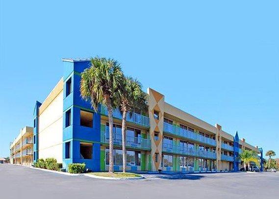 Clarion-Resort Waterpark - Kissimmee, FL