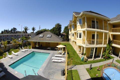 Santa Cruz Beach Inn - Back Hotel