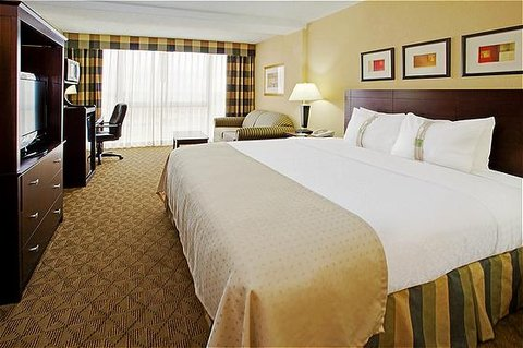 Holiday Inn Hotel & Suites BEAUMONT-PLAZA (I-10 & WALDEN) - Standard King Bed Guest Room