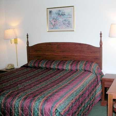 Budget Lodge Inn - Abilene, KS