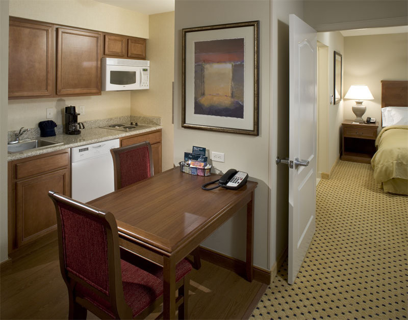 Homewood Suites by Hilton Houston-Stafford Billede af værelser
