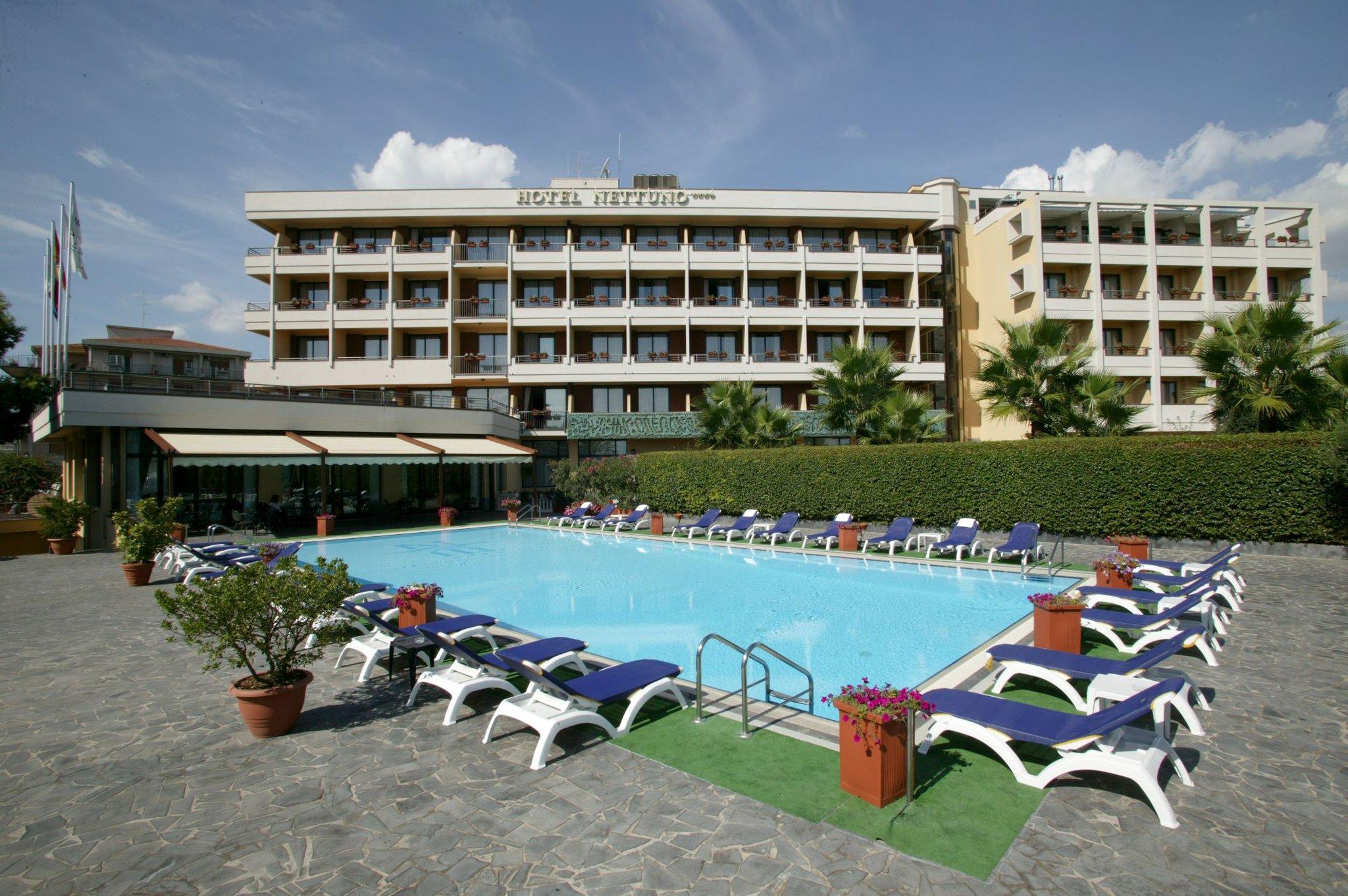 Offerte offerte last minute a catania offerte di vacanze lowcost - Hotel con piscina catania ...