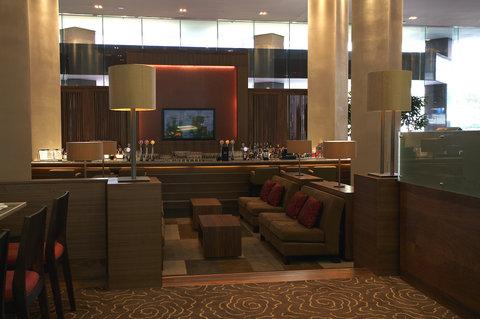 Stamford Plaza Auckland - Knights Lobby Bar