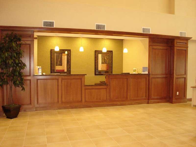 La Quinta Inn & Suites Little Rock Downtown - Little Rock, AR