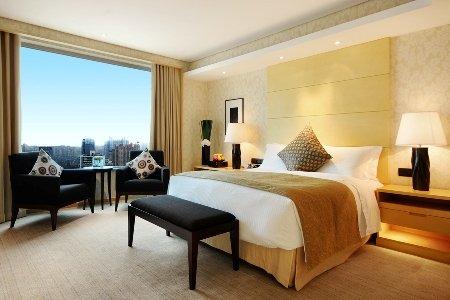 Marco Polo Wuhan Hotel - WUHClub Deluxe Suite Bedroom