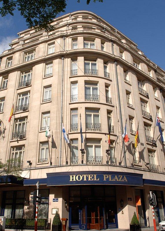 Hotel Le Plaza Außenansicht