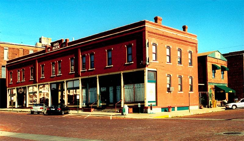 Courtland Hotel & Aveda Day - Fort Scott, KS