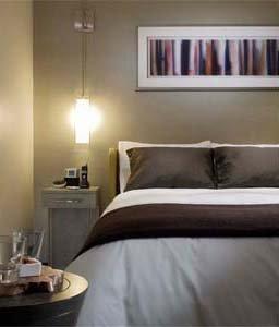 Hotel Felix Chicago - King Bedded Room