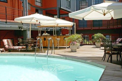 Cape Town Lodge - Pool