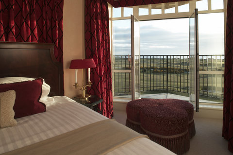 Old Course Hotel Golf Resort and Spa - Deluxe Suite Bedroom