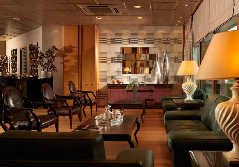 Divani Caravel Bar/lounge