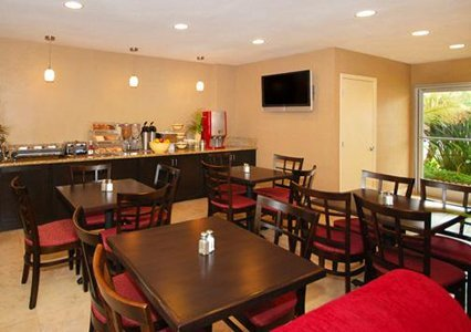 Quality Inn & Suites Anaheim At The Park - Anaheim, CA