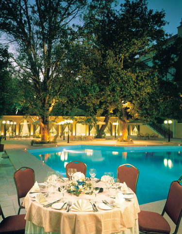 Theoxenia Palace - Theoxenia Palace pool area is an exceptional setti