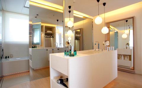 阿布奥西餐厅酒店 - Penthouse Bathroom