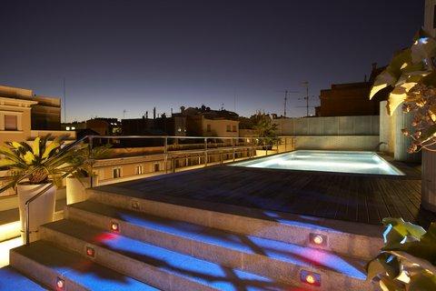 فندق كلاريس جي إل - Pool View