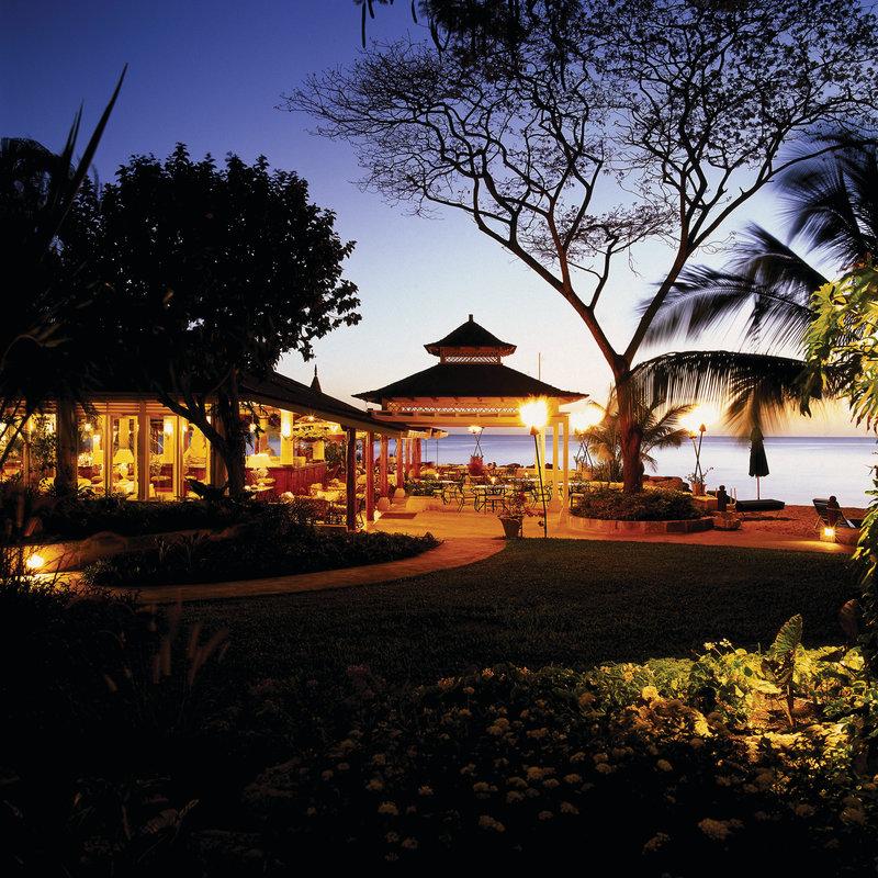 Coral Reef Club Hotel 餐饮设施