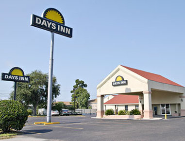 Americas Best Value Inn - Conroe, TX