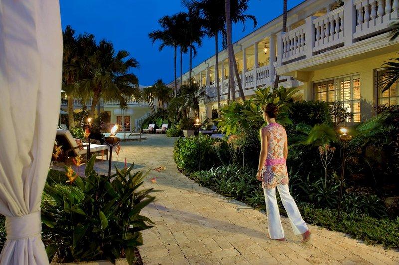The Pillars Hotel at New River Sound Vue extérieure