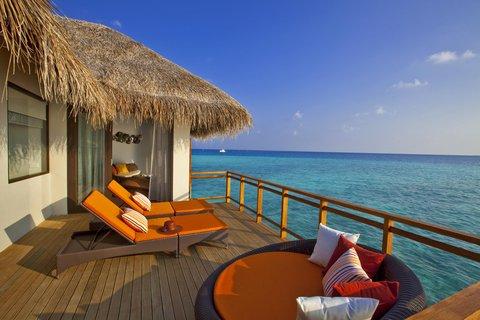 Velassaru Maldives - Water Villa deck