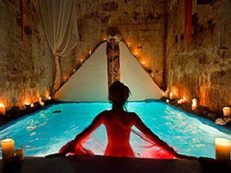 Suites of the Gods - Indoor Pool Spa